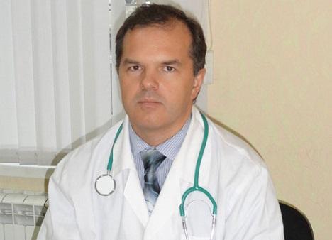 Dr. James Bennett